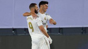 Реал Мадрид уверено крачи към титлата след рутинен успех над Алавес