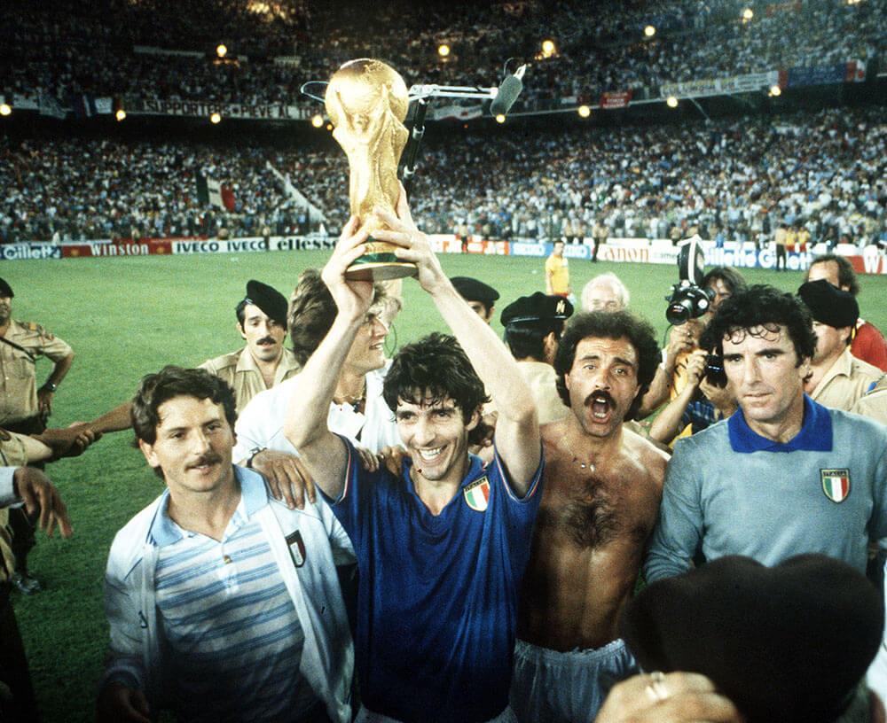 На този ден - световни титли за Италия и Испания, Серина с рекорд 1