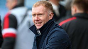 Легенда на Ман Юнайтед застава начело на Салфорд Сити