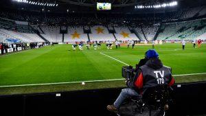 В Италия с бавни темпове ще отварят стадионитe от 8 октомври