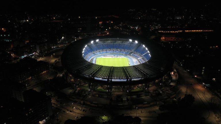 Решено е: Стадионът на Наполи ще носи името на Диего Марадона 7