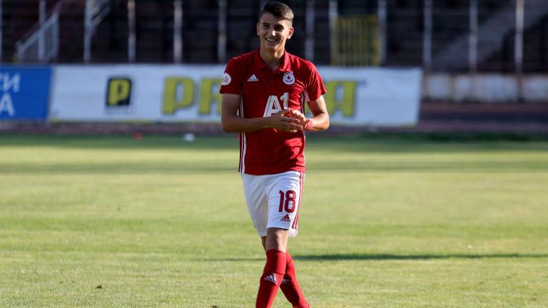 """Юноша на ЦСКА вдъхнови """"червените"""" за класика срещу Септември 1"""