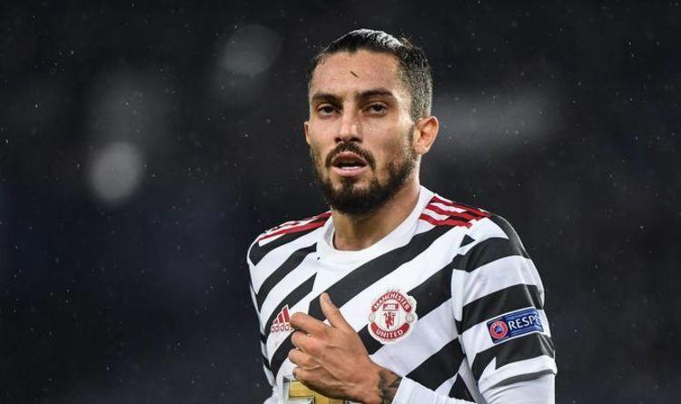 Обрат! Защитник на Ман Юнайтед е отрицателен за COVID-19 1