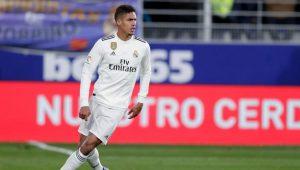 Ман Юнайтед набеляза защитник на Реал Мадрид за лятната селекция