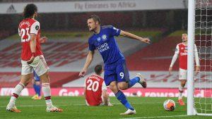 Лестър излъга Арсенал с победен гол на резервата Варди