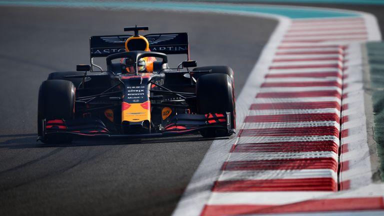 Макс Верстапен спечели последния старт за сезона във Формула 1 22