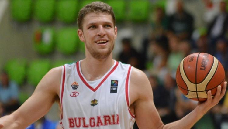 Удар за България - Сашо Везенков аут заради положителен тест 2