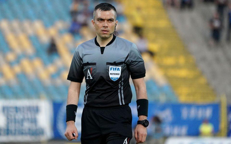 Български рефер свири на старта на квалификациите в Шампионска лига 15