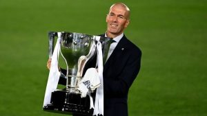 Екзалтираният Зидан омаловажи дори Шампионската лига