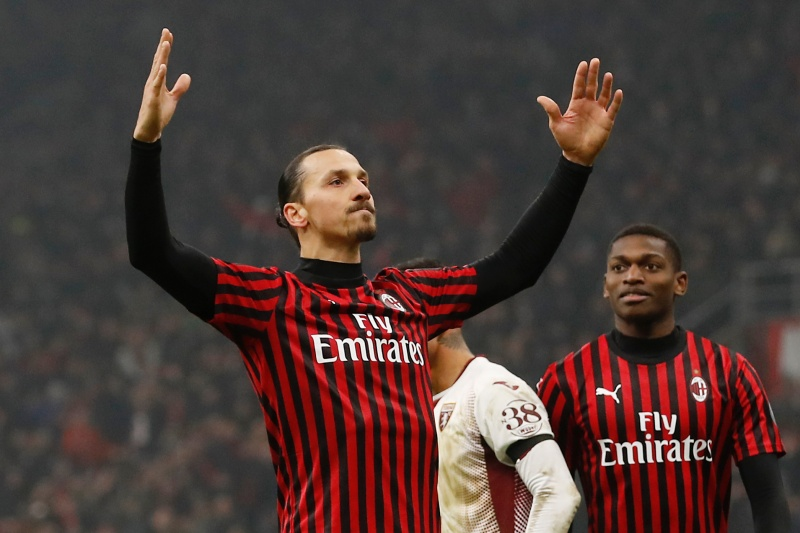 Златан Ибрахимович ще остане в Милан за още 2 сезона 1