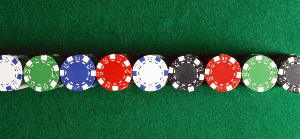 Покер правила и комбинации за начинаещи